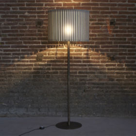 FAMBUENA – Luz Oculta Wood  Floor/ table lamp